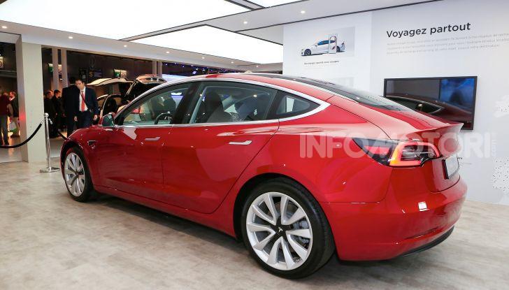 Tesla, aggiornato il software 9 e la app - Foto 2 di 26