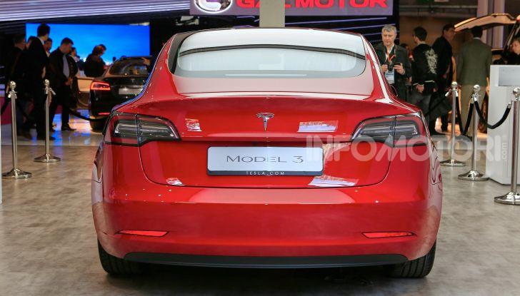 Tesla Model 3 diventa una consolle per videogame - Foto 18 di 23