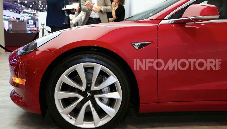 Tesla, aggiornato il software 9 e la app - Foto 5 di 26