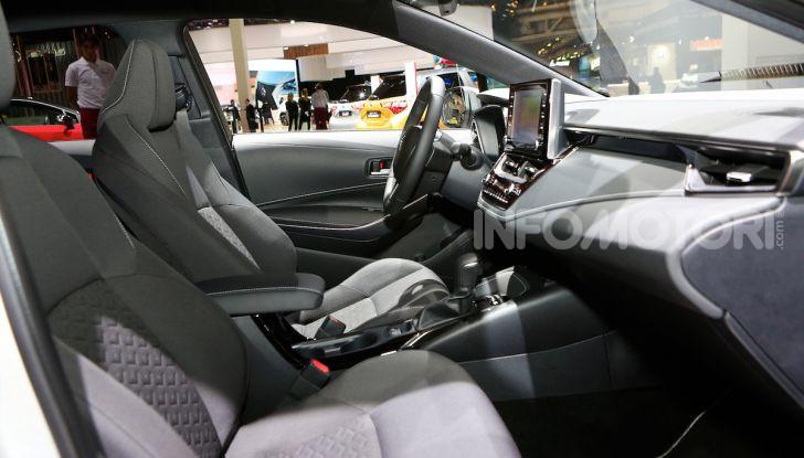 Toyota Corolla 2019: il ritorno di un mito per il segmento C - Foto 21 di 31