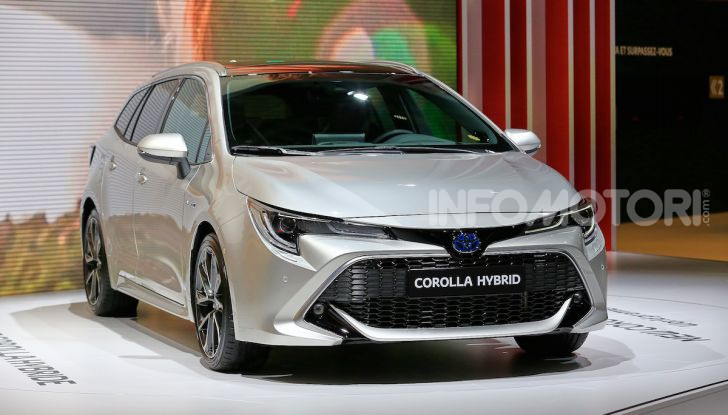 Toyota Corolla 2019: il ritorno di un mito per il segmento C - Foto 2 di 31