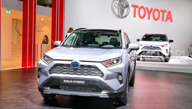 Toyota RAV4 2018, il SUV nipponico fa ritorno al fuoristrada - Foto 16 di 16