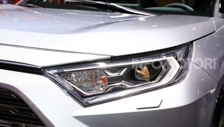 Toyota RAV4 2018, il SUV nipponico fa ritorno al fuoristrada - Foto 5 di 16