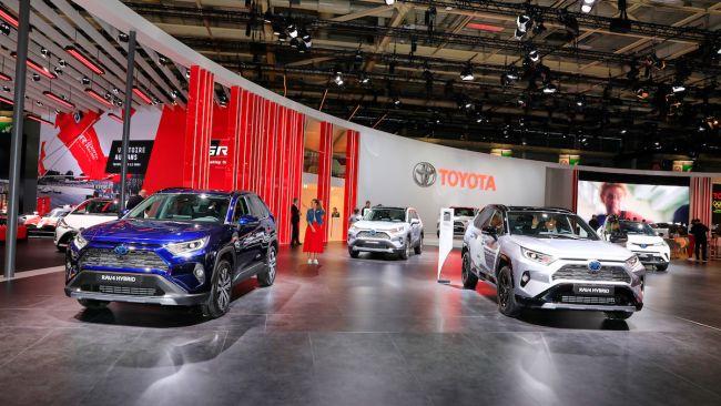 Toyota Hybrid Service: 10 anni di garanzia per l'ibrido giapponese