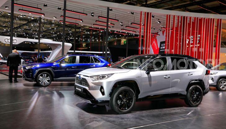 Toyota RAV4 2018, il SUV nipponico fa ritorno al fuoristrada - Foto 8 di 16