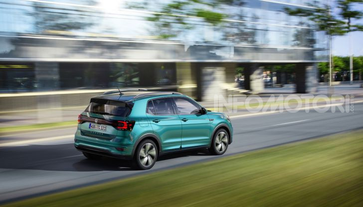 Volkswagen T-Cross 2019: il crossover entry-level su base Polo - Foto 3 di 12