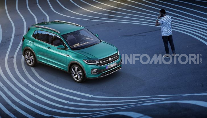 Volkswagen T-Cross 2019: il crossover entry-level su base Polo - Foto 7 di 12