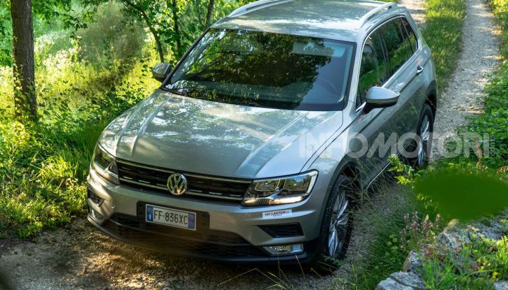 Prova Volkswagen Tiguan 2018: il SUV comodo, spazioso e veloce - Foto 17 di 38