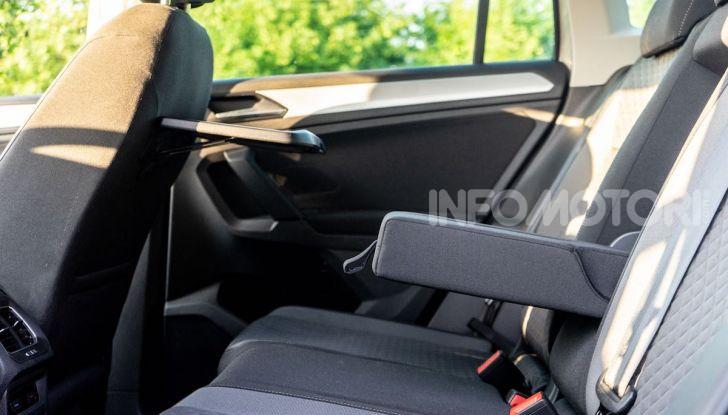 Prova Volkswagen Tiguan 2018: il SUV comodo, spazioso e veloce - Foto 26 di 38