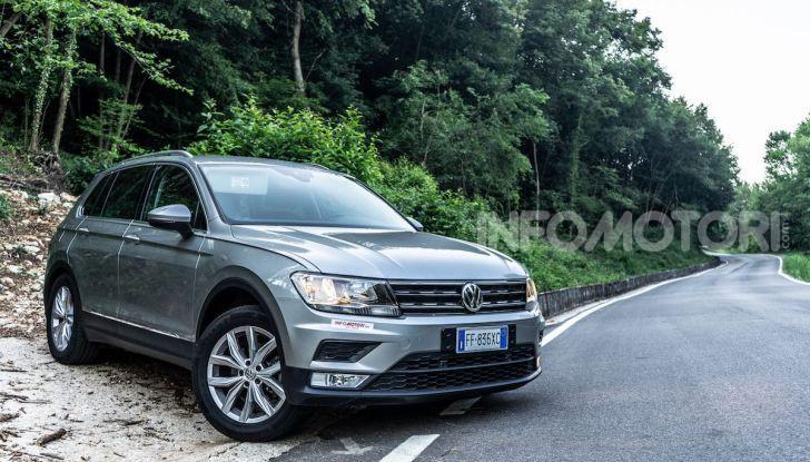 Prova Volkswagen Tiguan 2018: il SUV comodo, spazioso e veloce - Foto 2 di 38