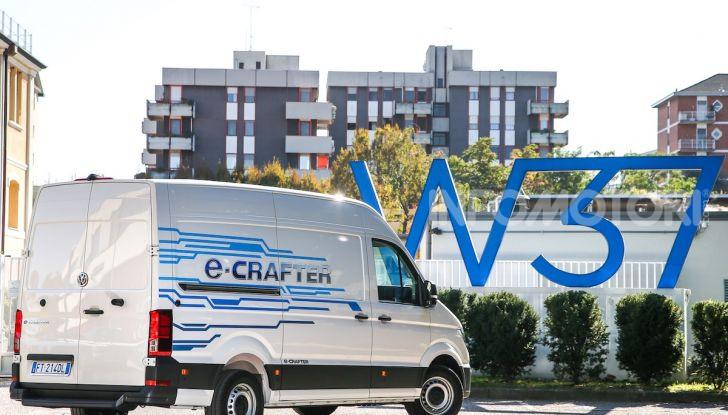 Volkswagen e-Crafter, il commerciale elettrico per superare i divieti - Foto 7 di 15