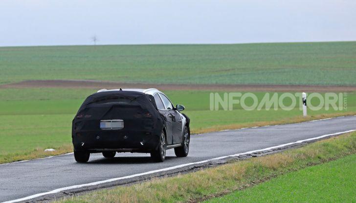 Kia Xceed: come sarà il nuovo mini SUV coreano - Foto 24 di 31