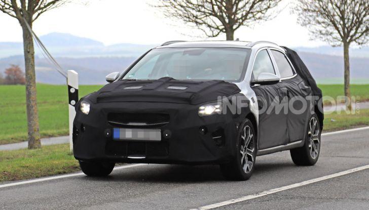 Kia Xceed: come sarà il nuovo mini SUV coreano - Foto 25 di 31