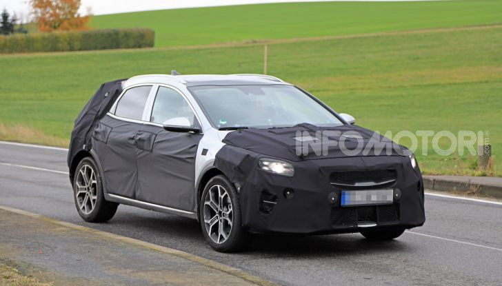 Kia Ceed SUV 2020: il terzo elemento tra Stonic e Sportage - Foto 27 di 30