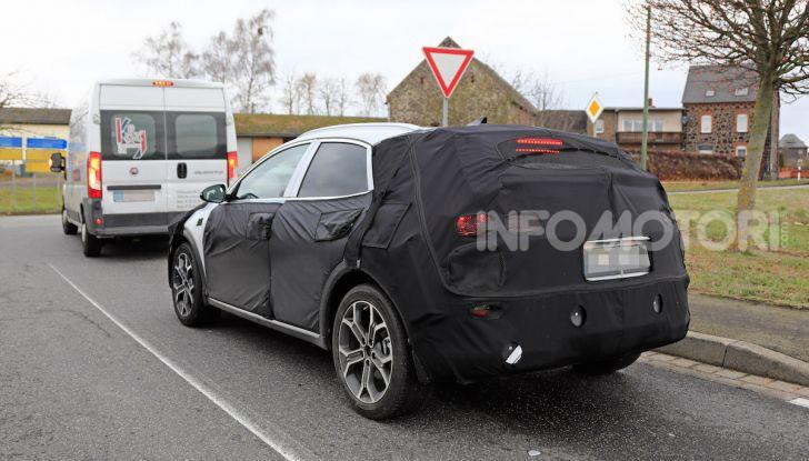 Kia Xceed: come sarà il nuovo mini SUV coreano - Foto 30 di 31