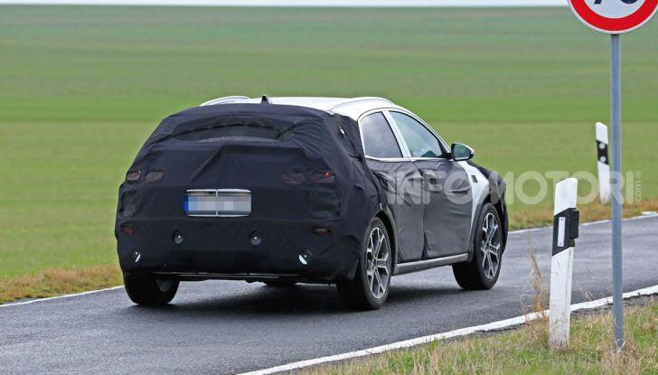 Kia Xceed: come sarà il nuovo mini SUV coreano - Foto 21 di 31