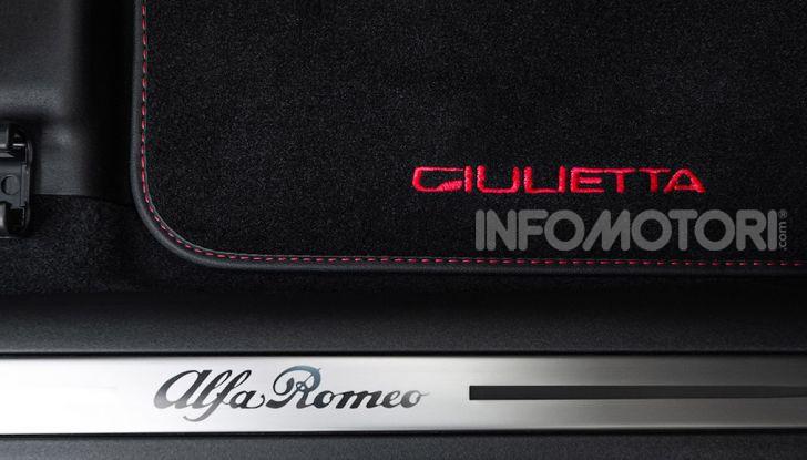 Alfa Romeo Giulietta Veloce S: solo 200 esemplari per i 240CV del biscione - Foto 9 di 10