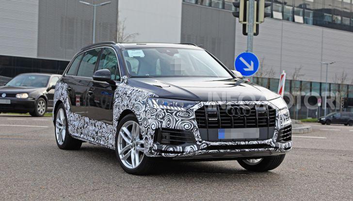Audi Q7, primi test per la nuova generazione - Foto 21 di 28