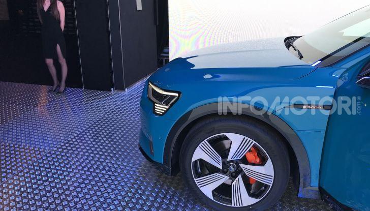 Audi e-tron debutta in Italia, prezzi da 83.930 euro - Foto 4 di 9