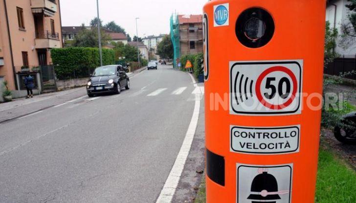 Autovelox fa registrare quasi 60.000 multe in 14 giorni - Foto 1 di 9