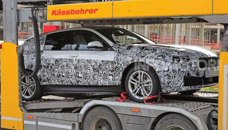 BMW Serie 1 2019: trazione anteriore, design rivisitato - Foto 11 di 18