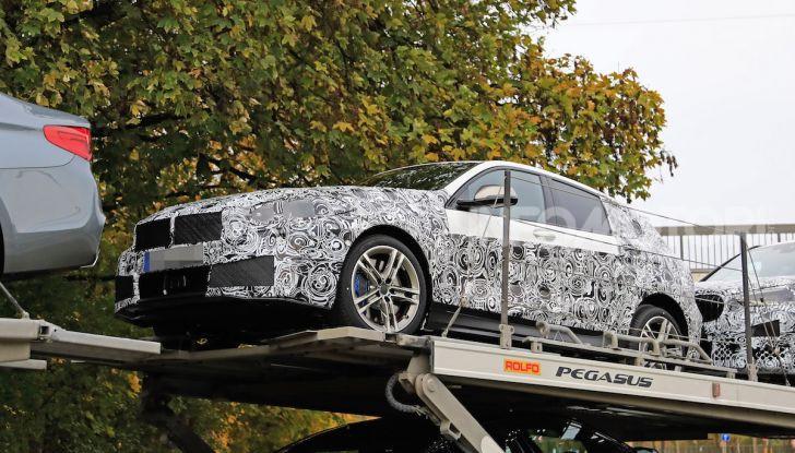 BMW Serie 1 2019: trazione anteriore, design rivisitato - Foto 8 di 18