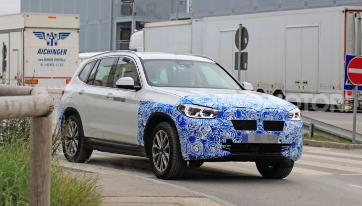 BMW iX3 2020: il SUV elettrico premium è Made in Cina - Foto 1 di 59
