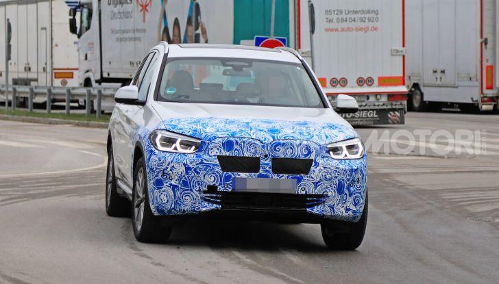 BMW iX3 2020: il SUV elettrico premium è Made in China - Foto 10 di 59