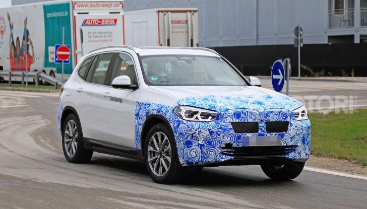 BMW iX3 2020: il SUV elettrico premium è Made in Cina - Foto 11 di 40