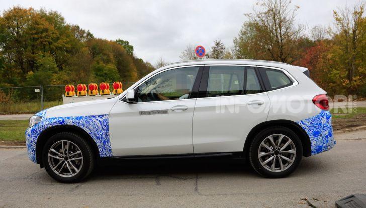 BMW iX3 2020: il SUV elettrico premium è Made in Cina - Foto 6 di 59