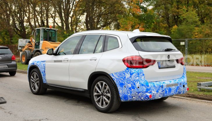 BMW iX3 2020: il SUV elettrico premium è Made in Cina - Foto 7 di 59