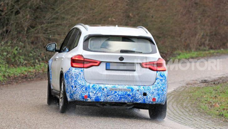 BMW iX3 2020: il SUV elettrico premium è Made in Cina - Foto 33 di 40