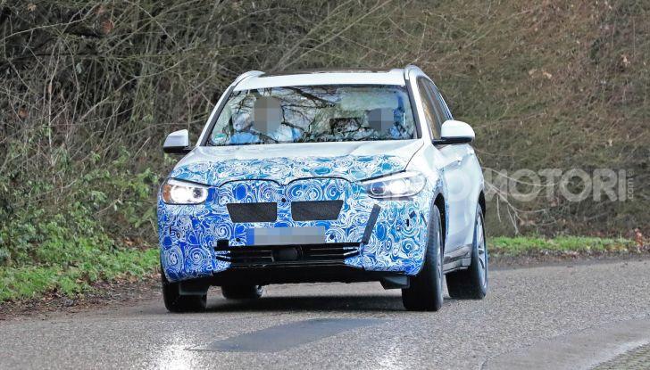 BMW iX3 2020: il SUV elettrico premium è Made in Cina - Foto 34 di 40