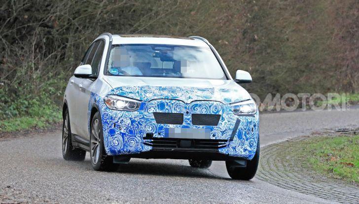 BMW iX3 2020: il SUV elettrico premium è Made in China - Foto 35 di 59