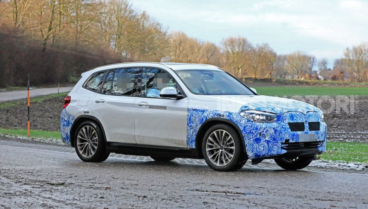 BMW iX3 2020: il SUV elettrico premium è Made in Cina - Foto 36 di 40