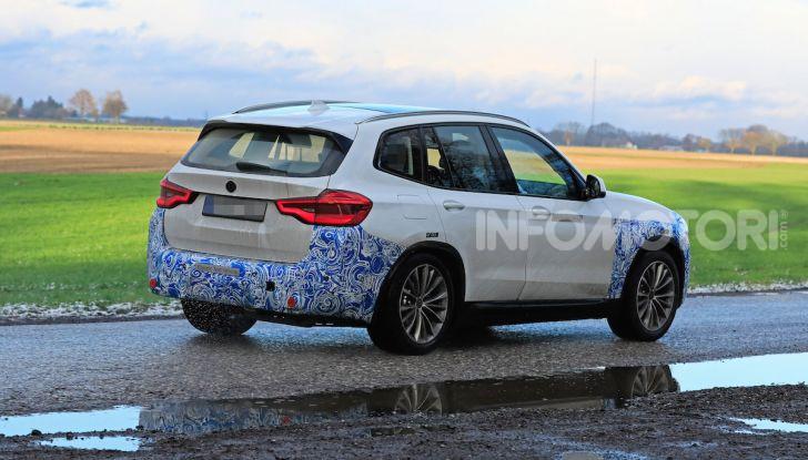 BMW iX3 2020: il SUV elettrico premium è Made in China - Foto 38 di 59