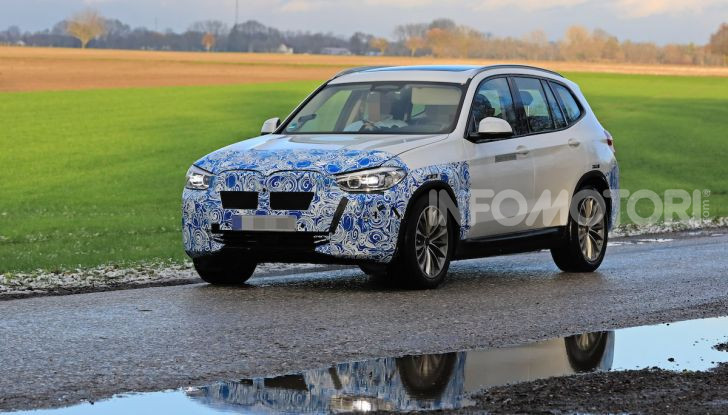 BMW iX3 2020: il SUV elettrico premium è Made in Cina - Foto 27 di 59