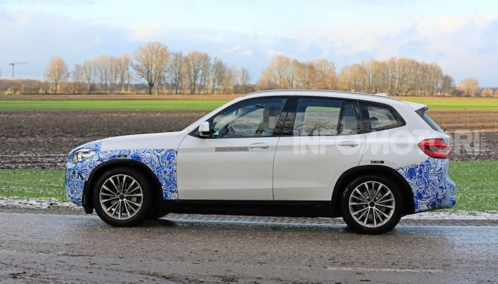 BMW iX3 2020: il SUV elettrico premium è Made in China - Foto 30 di 59