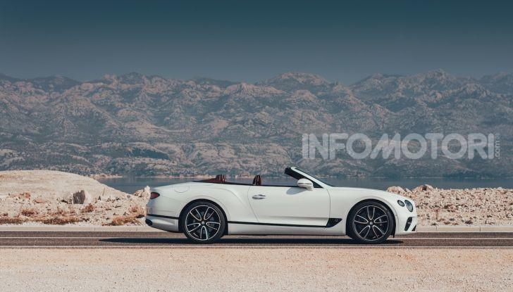 Bentley Continental GT Convertible 2019: lusso inglese allo scoperto - Foto 12 di 37