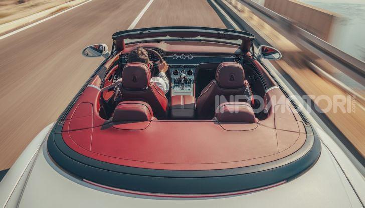 Bentley Continental GT Convertible 2019: lusso inglese allo scoperto - Foto 14 di 37