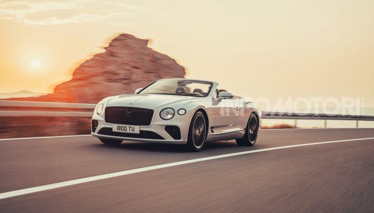 Bentley Continental GT Convertible 2019: lusso inglese allo scoperto - Foto 2 di 37