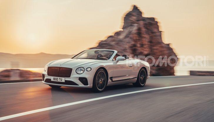 Bentley Continental GT Convertible 2019: lusso inglese allo scoperto - Foto 3 di 37