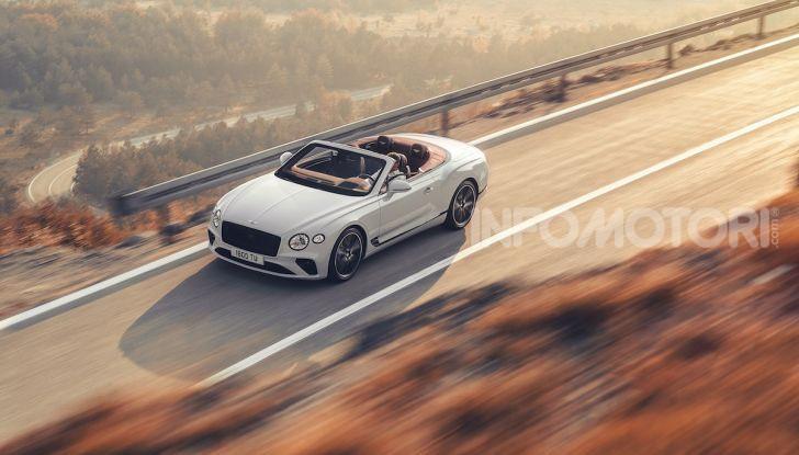 Bentley Continental GT Convertible 2019: lusso inglese allo scoperto - Foto 4 di 37