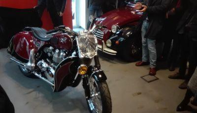 Charleston: la moto per i 70 anni della Citroen 2CV