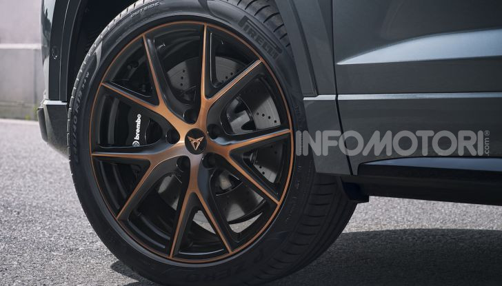 Cupra Ateca: prova su strada del SUV sportivo con 300CV [VIDEO] - Foto 28 di 38