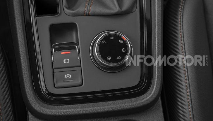 Cupra Ateca: prova su strada del SUV sportivo con 300CV [VIDEO] - Foto 33 di 38