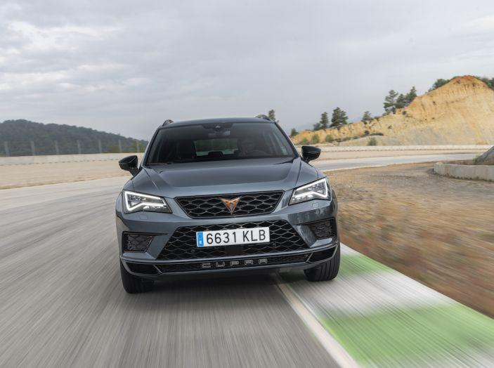 Cupra Ateca: prova su strada del SUV sportivo con 300CV [VIDEO]