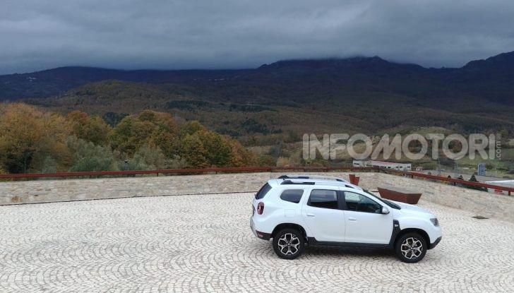 Prova Dacia Duster 2018 a GPL: ecco come va l'1.6 a gas da 115CV - Foto 15 di 22