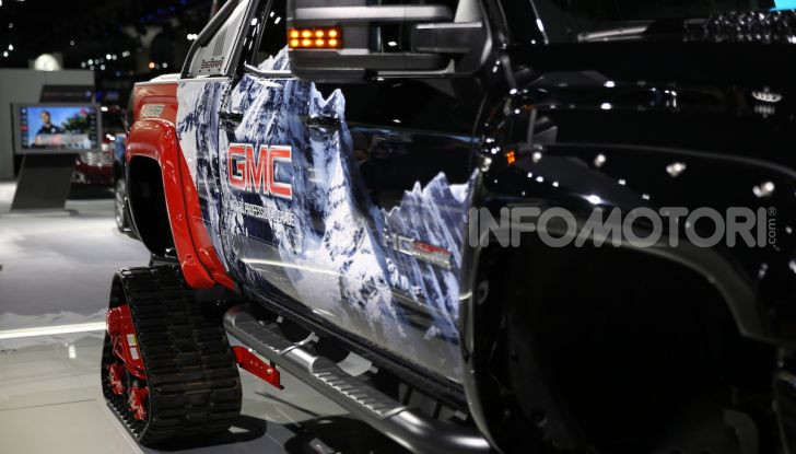 GMC al Los Angeles Auto Show 2018 – Le foto LIVE dal Salone - Foto 18 di 37