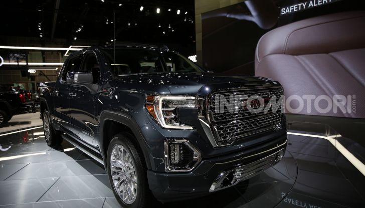 GMC al Los Angeles Auto Show 2018 – Le foto LIVE dal Salone - Foto 29 di 37